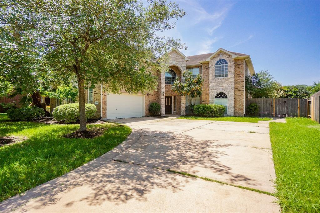 Off Market | 11406 Bucks Bridge Lane Sugar Land, TX 77498 2