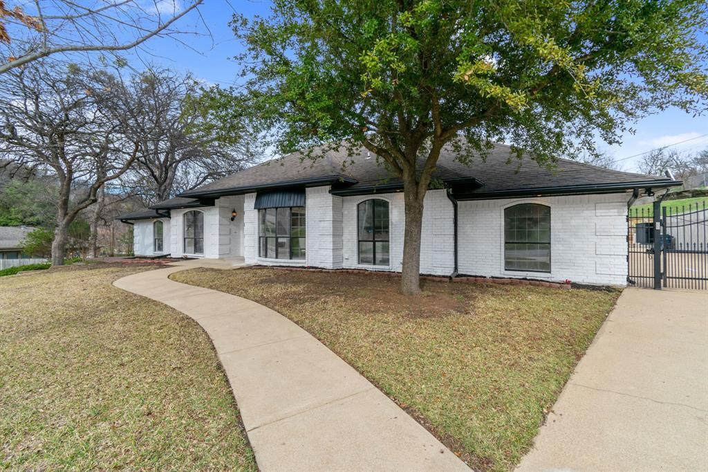 Sold Property | 305 Dale Hollow Road Fort Worth, TX 76103 2