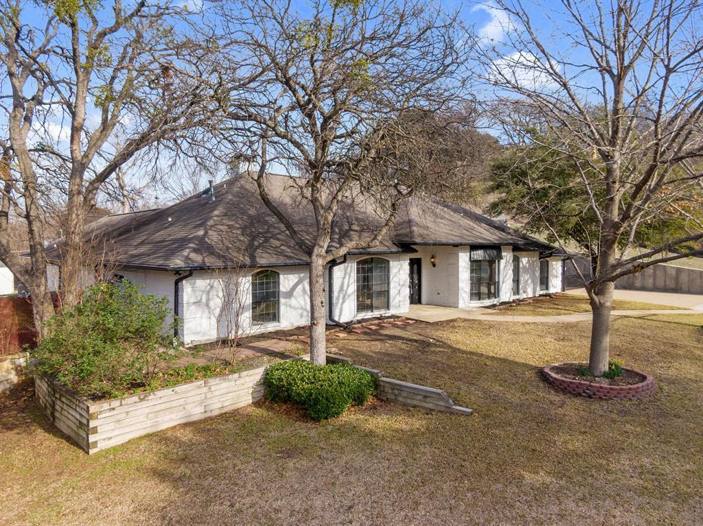 Sold Property | 305 Dale Hollow Road Fort Worth, TX 76103 3
