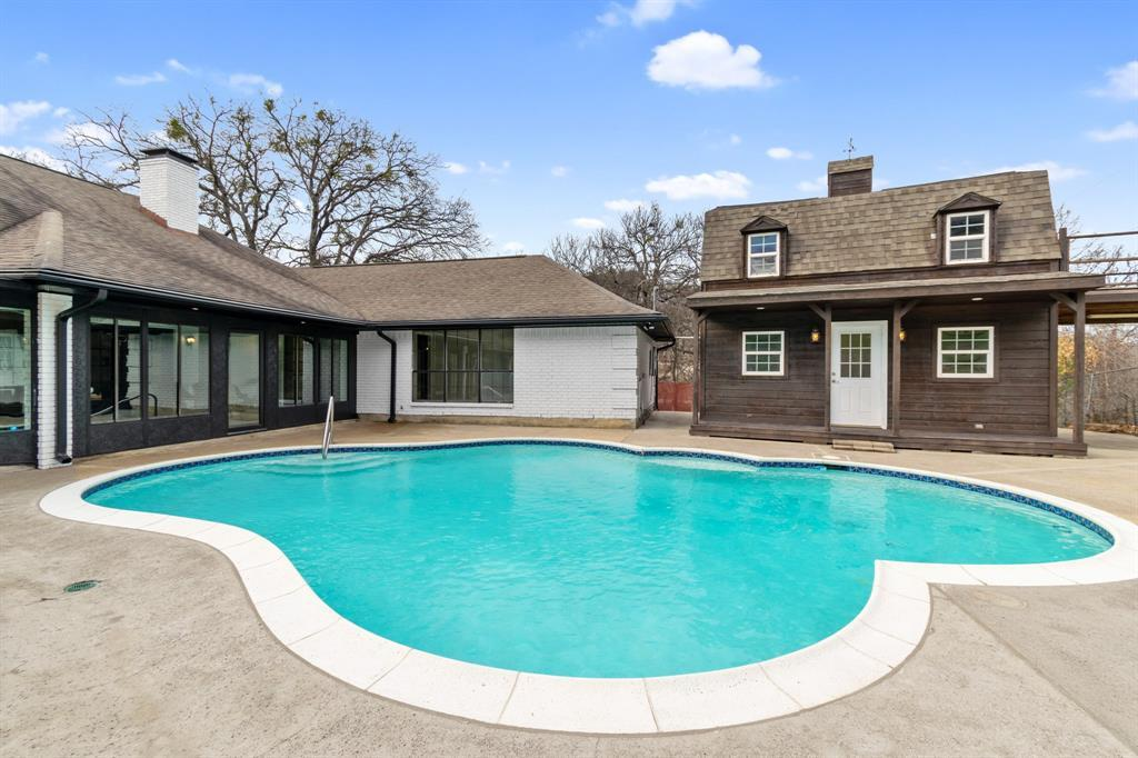 Sold Property | 305 Dale Hollow Road Fort Worth, TX 76103 5