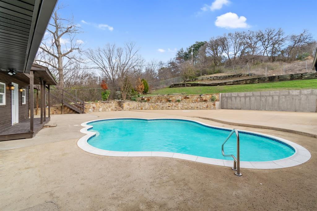 Sold Property | 305 Dale Hollow Road Fort Worth, TX 76103 6