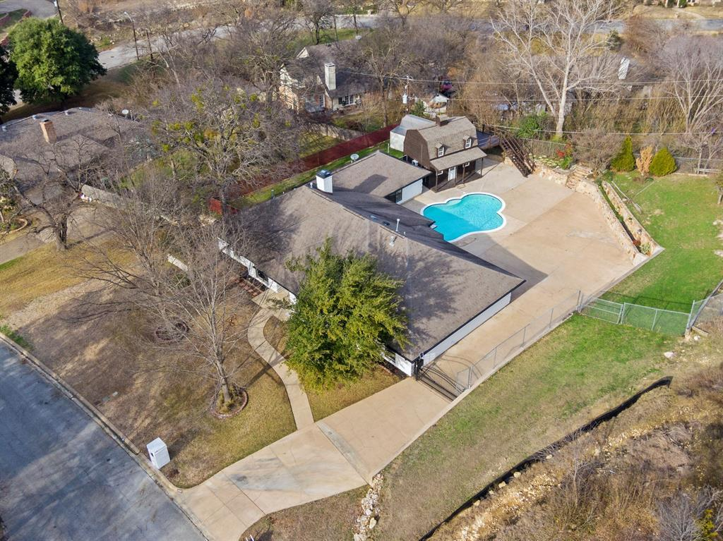 Sold Property | 305 Dale Hollow Road Fort Worth, TX 76103 8
