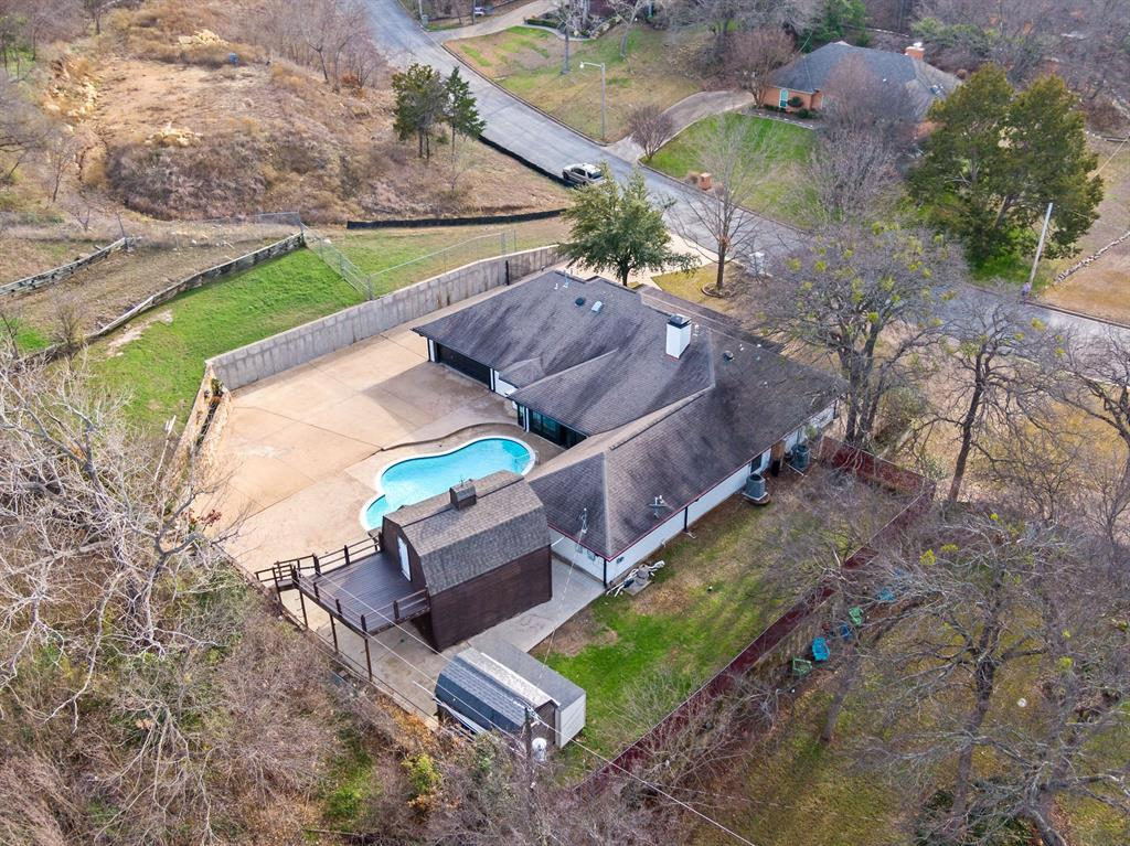 Sold Property | 305 Dale Hollow Road Fort Worth, TX 76103 9