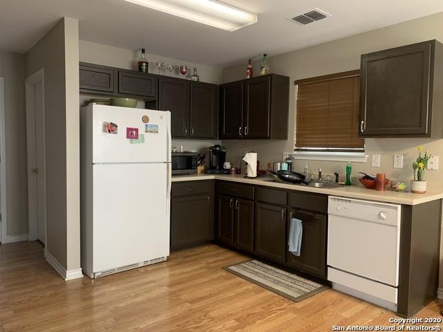 Property for Rent | 631 Granite Cliff  San Antonio, TX 78251 4