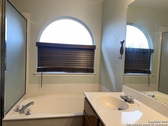 Property for Rent | 631 Granite Cliff  San Antonio, TX 78251 10
