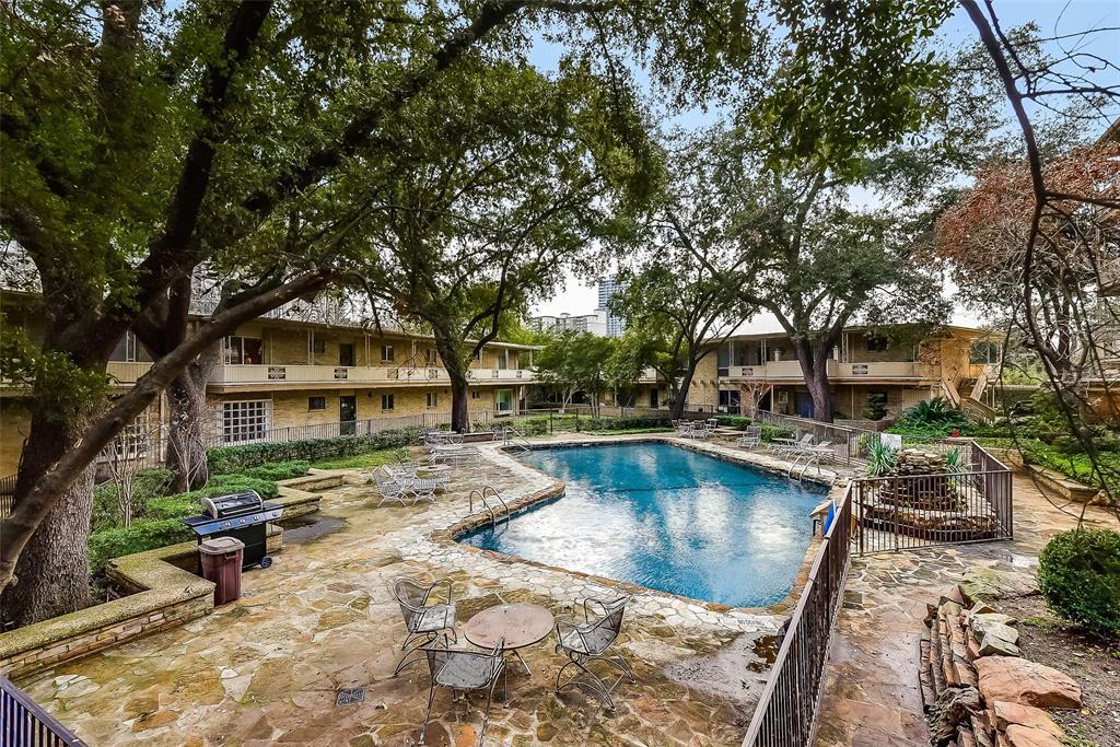 Sold Property | 2525 Turtle Creek Boulevard #404 Dallas, TX 75219 1