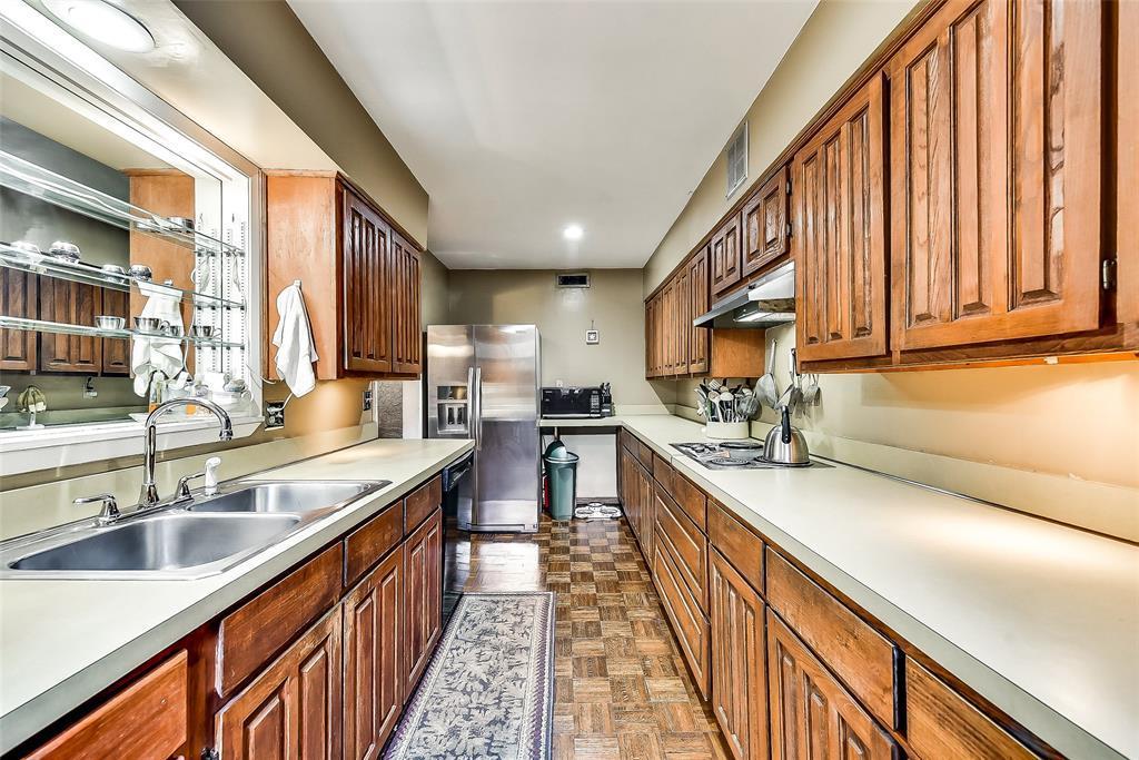 Sold Property | 2525 Turtle Creek Boulevard #404 Dallas, TX 75219 10