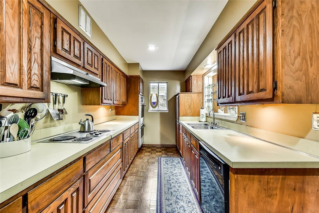 Sold Property | 2525 Turtle Creek Boulevard #404 Dallas, TX 75219 7