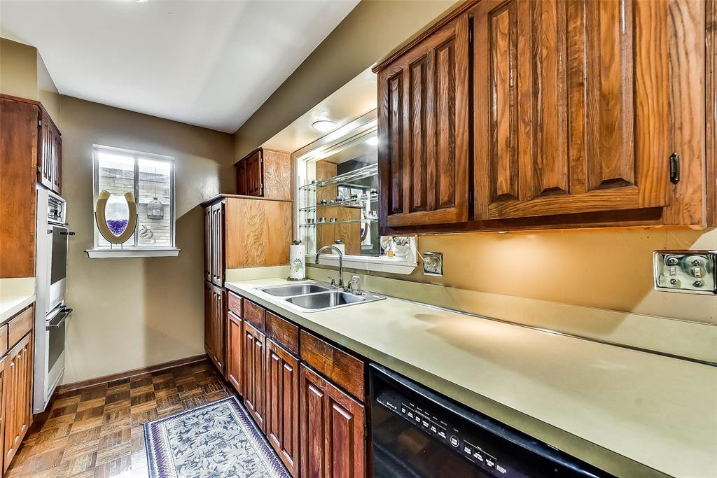 Sold Property | 2525 Turtle Creek Boulevard #404 Dallas, TX 75219 9