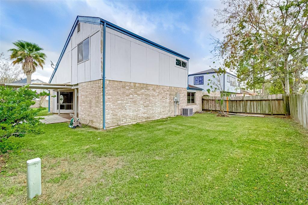 Active | 7030 Camino Verde Drive Houston, TX 77083 29