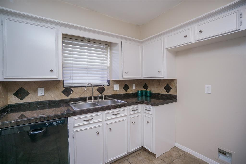 Property for Rent | 11419 Gladefield Drive Houston, TX 77099 15