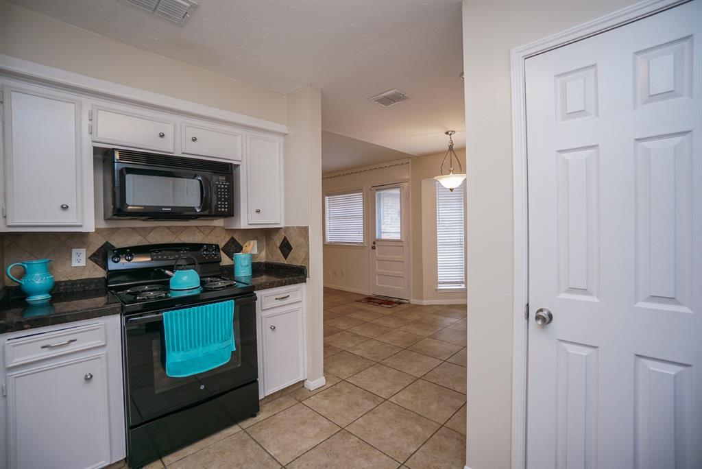Property for Rent | 11419 Gladefield Drive Houston, TX 77099 16