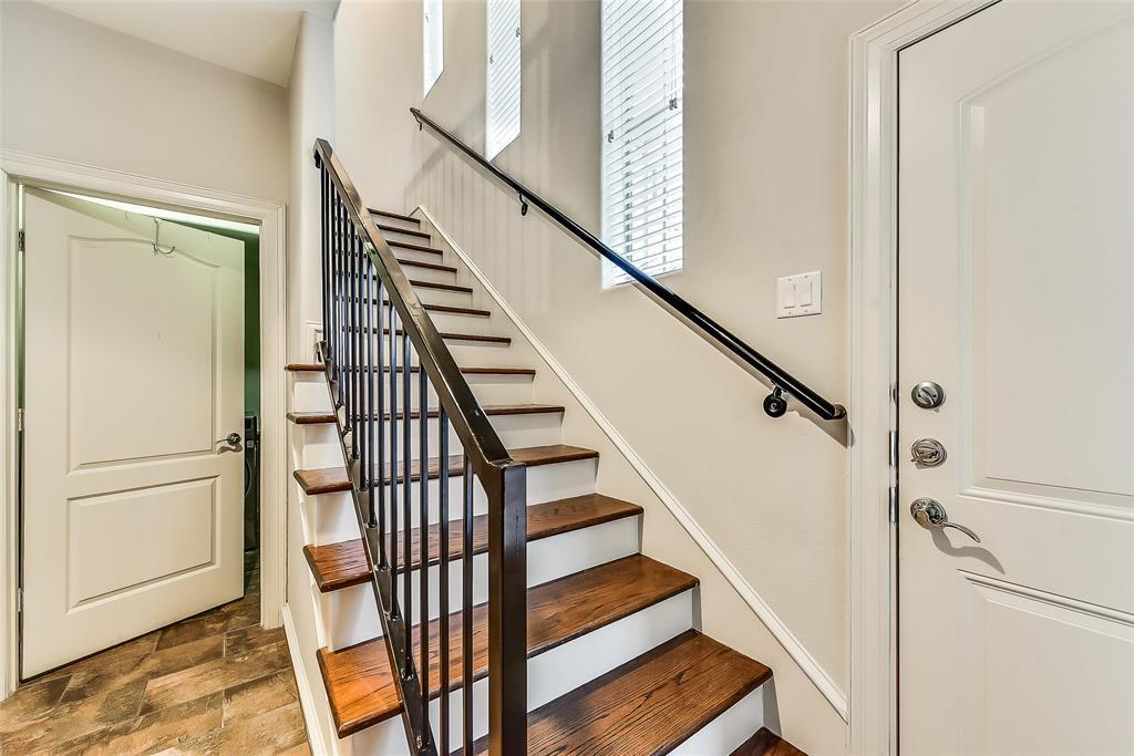 Sold Property | 2100 N Fitzhugh Avenue #H Dallas, TX 75204 2