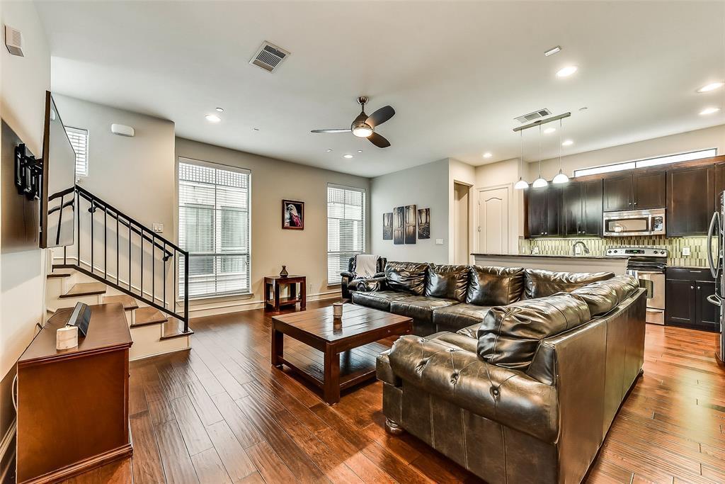 Sold Property | 2100 N Fitzhugh Avenue #H Dallas, TX 75204 3