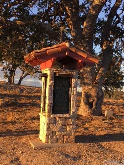 Active | 1240 Fire Rock Loop  Templeton, CA 93465 6