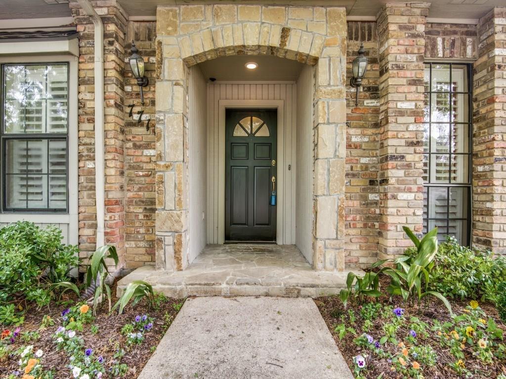 Sold Property | 7718 Arborside Drive Dallas, Texas 75231 2