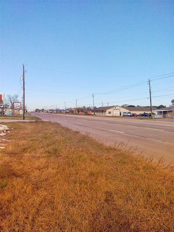 Active | 20430 Highway 6 Manvel, TX 77578 6