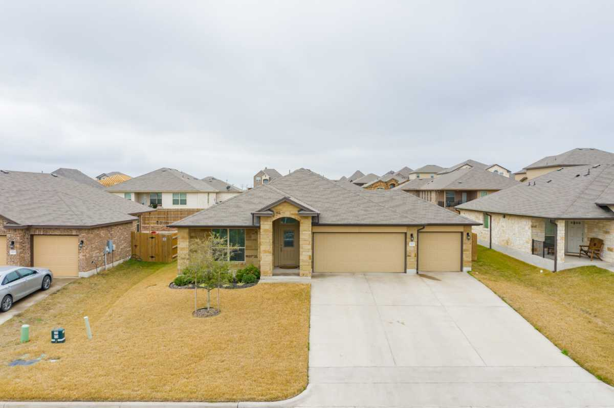 luxury home, waco homes | 2825 Gilchrist Dr Lorena, TX 76655 4