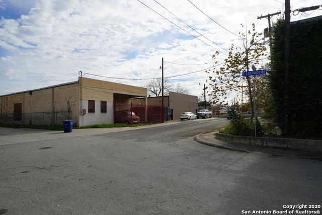 Active | 419 E LACHAPELLE San Antonio, TX 78204 3