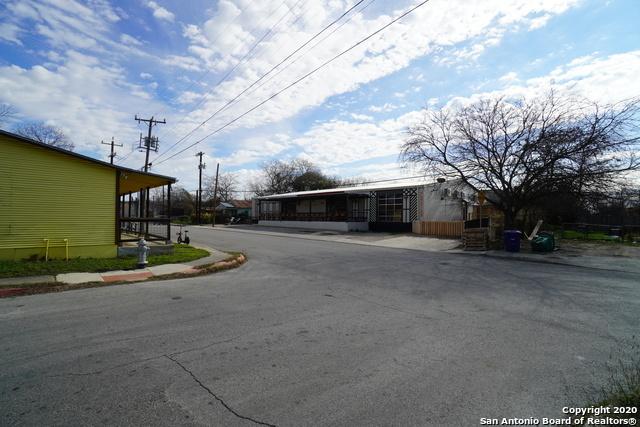 Active | 419 E LACHAPELLE San Antonio, TX 78204 5