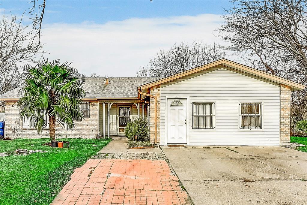 Sold Property | 1521 Oakbrook Court Lancaster, TX 75134 0