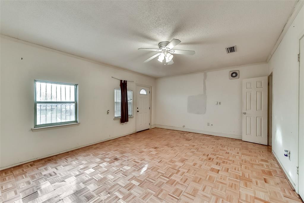 Sold Property | 1521 Oakbrook Court Lancaster, TX 75134 10
