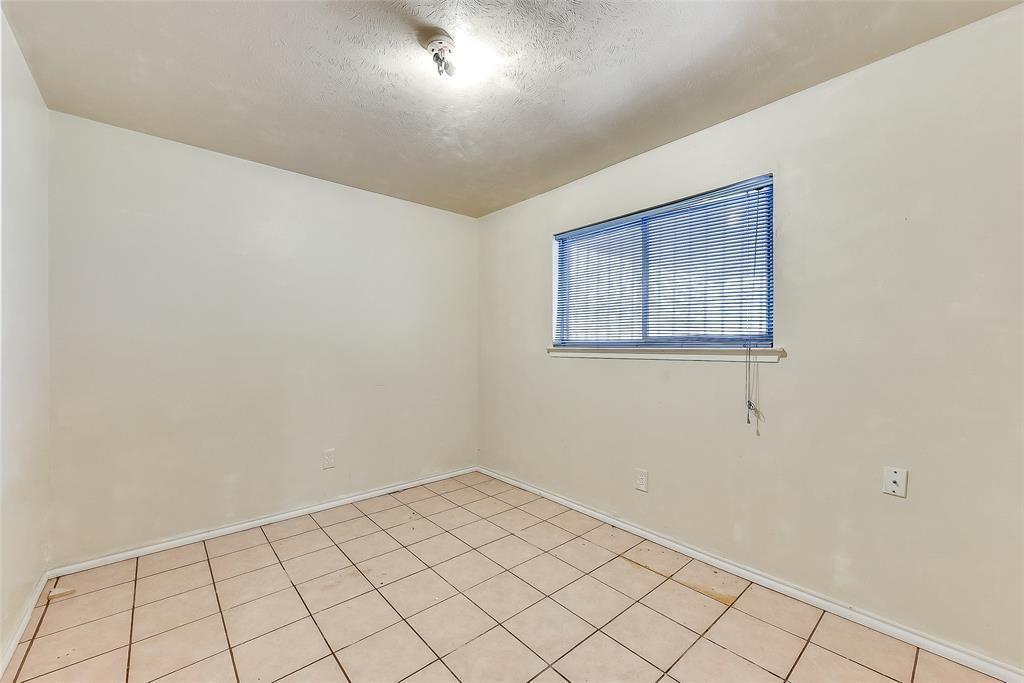 Sold Property | 1521 Oakbrook Court Lancaster, TX 75134 15