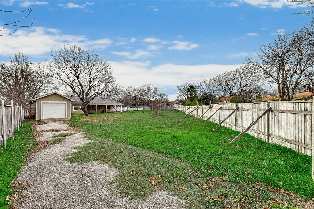 Sold Property | 1521 Oakbrook Court Lancaster, TX 75134 22