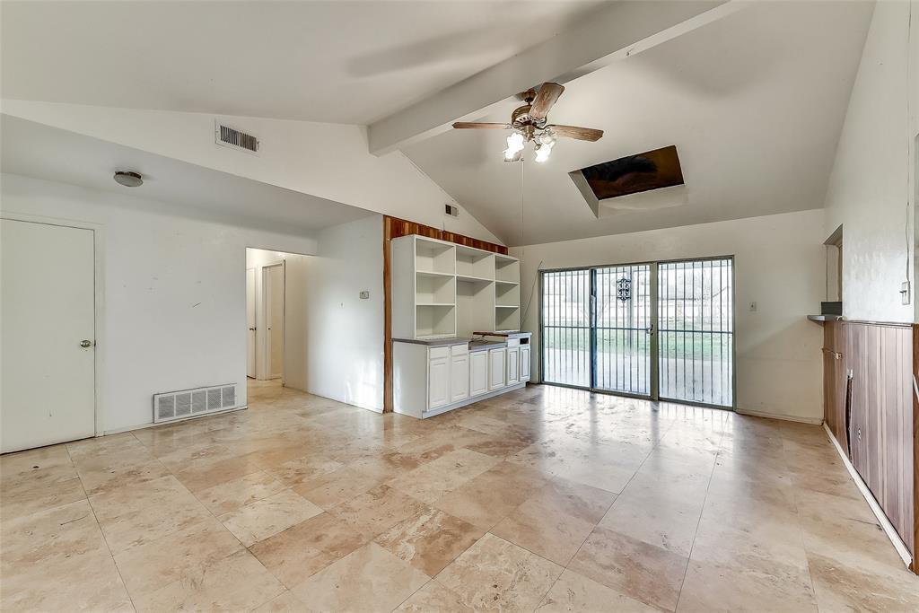 Sold Property | 1521 Oakbrook Court Lancaster, TX 75134 4