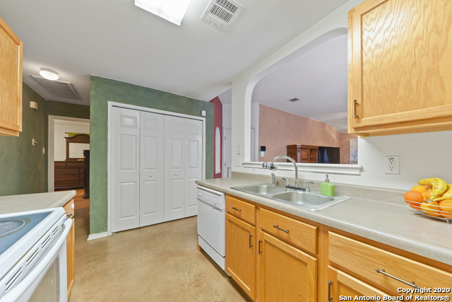 Home for sale near Lackland AFB | 447 Stable Vista  San Antonio, TX 78227 12