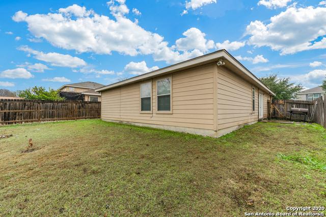 Home for sale near Lackland AFB | 447 Stable Vista  San Antonio, TX 78227 23