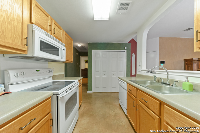 Home for sale near Lackland AFB | 447 Stable Vista  San Antonio, TX 78227 11