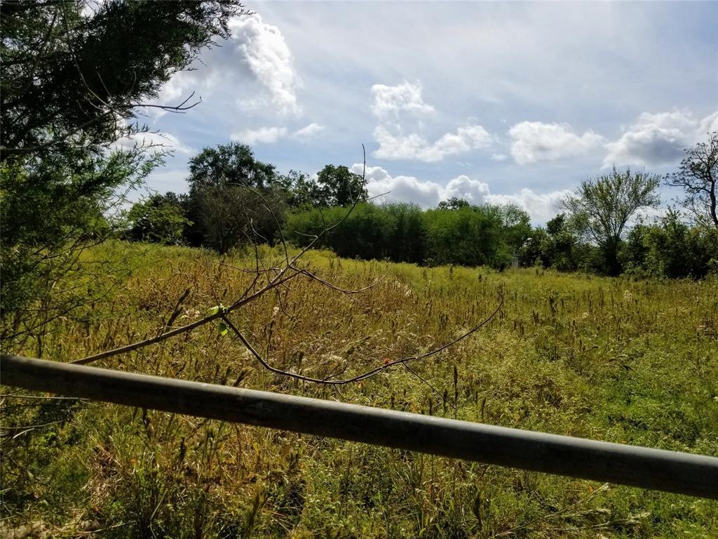 Active | 3567 Lynn Road Bellville, TX 77418 0