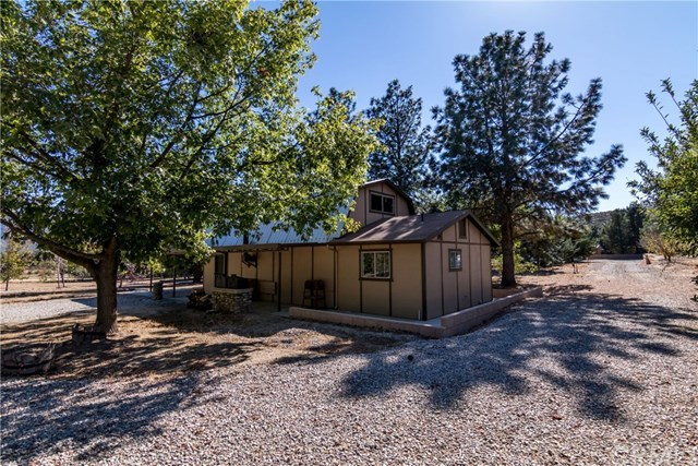 Closed | 47325 Twin Pines Road Banning, CA 92220 26