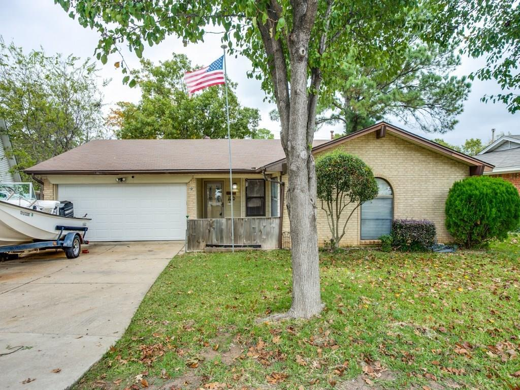 Sold Property | 923 Cherry Laurel Lane Arlington, Texas 76012 1