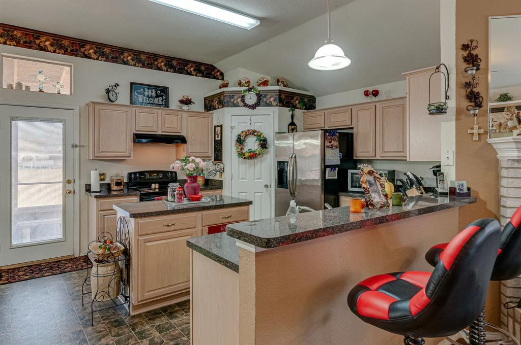 Active Contingent | 3904 Silver Springs Drive Fort Worth, TX 76123 11