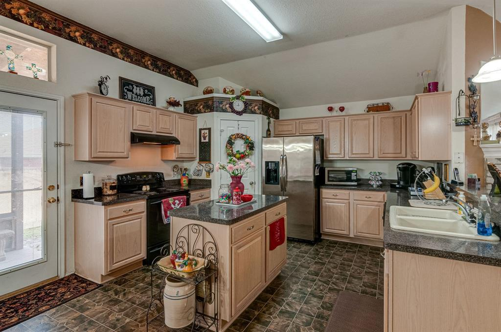 Active Contingent | 3904 Silver Springs Drive Fort Worth, TX 76123 14