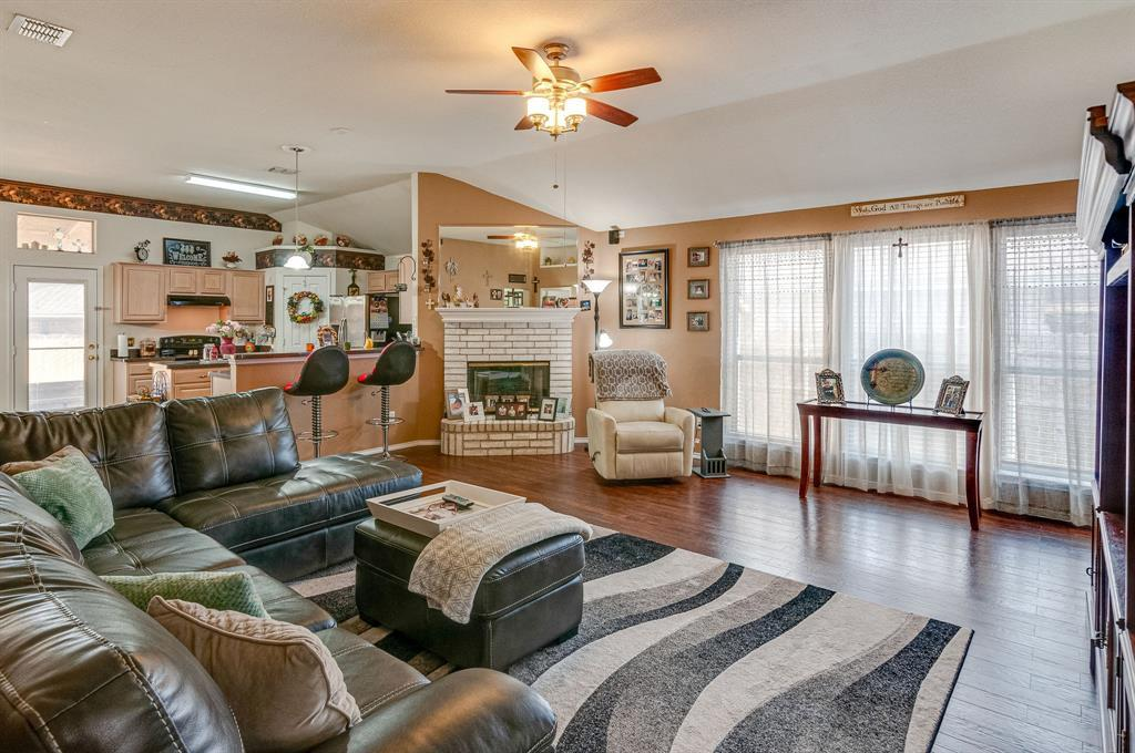 Active Contingent | 3904 Silver Springs Drive Fort Worth, TX 76123 6