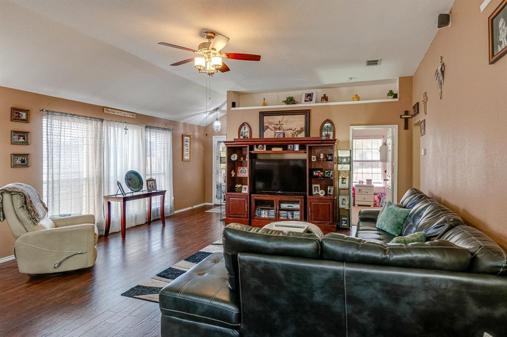 Active Contingent | 3904 Silver Springs Drive Fort Worth, TX 76123 8