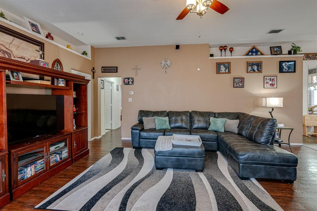Active Contingent | 3904 Silver Springs Drive Fort Worth, TX 76123 9