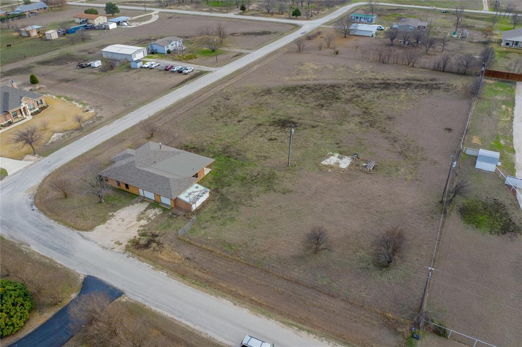 Temp Off Market | 18000 Tydings  Road Justin, TX 76247 10