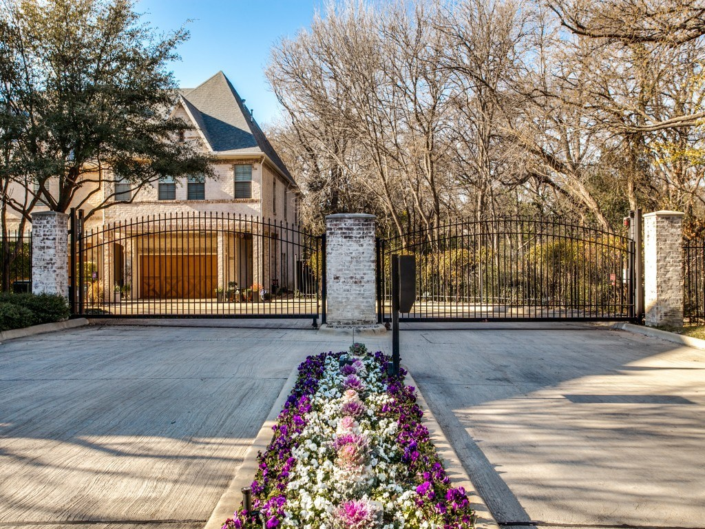 Sold Property | 8815 Tudor Place Dallas, TX 75228 0