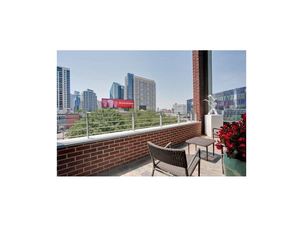 Leased | 2011 Cedar Springs Road #207 Dallas, TX 75201 29