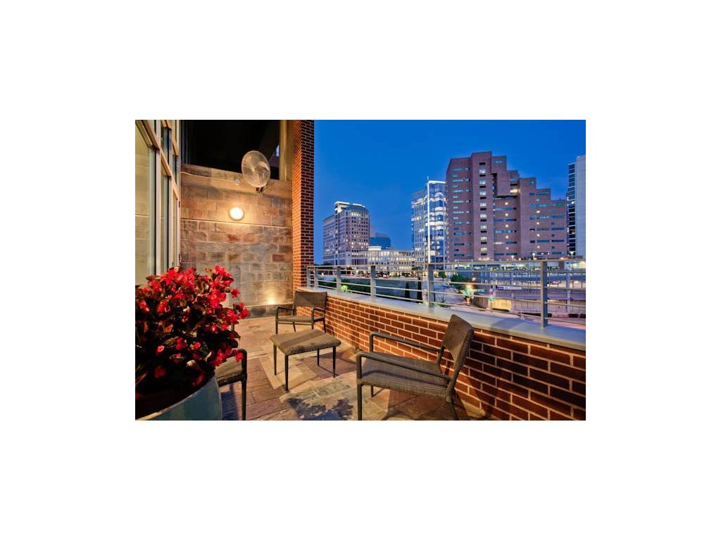 Leased | 2011 Cedar Springs Road #207 Dallas, TX 75201 3