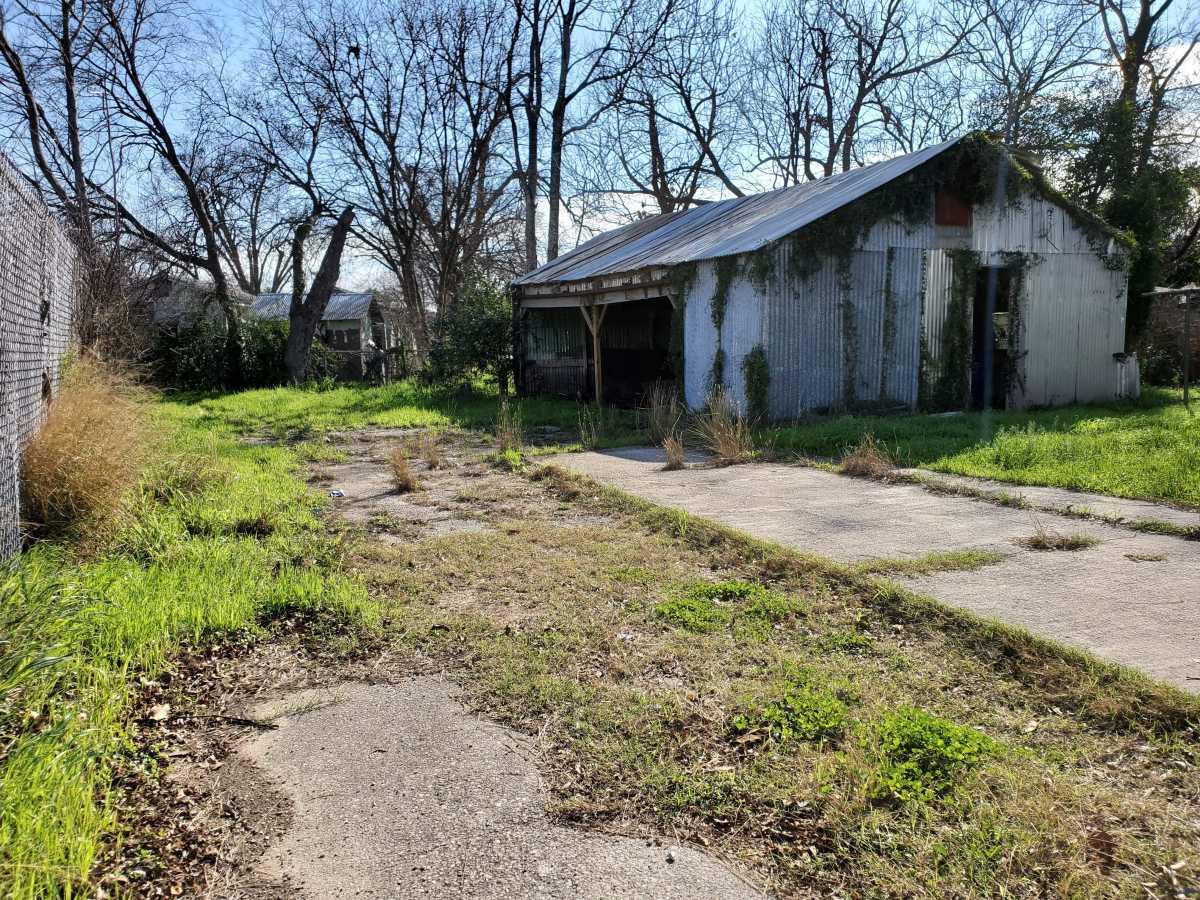 Investment properties in San Antonio   342 E Southcross San Antonio, TX 78214 2