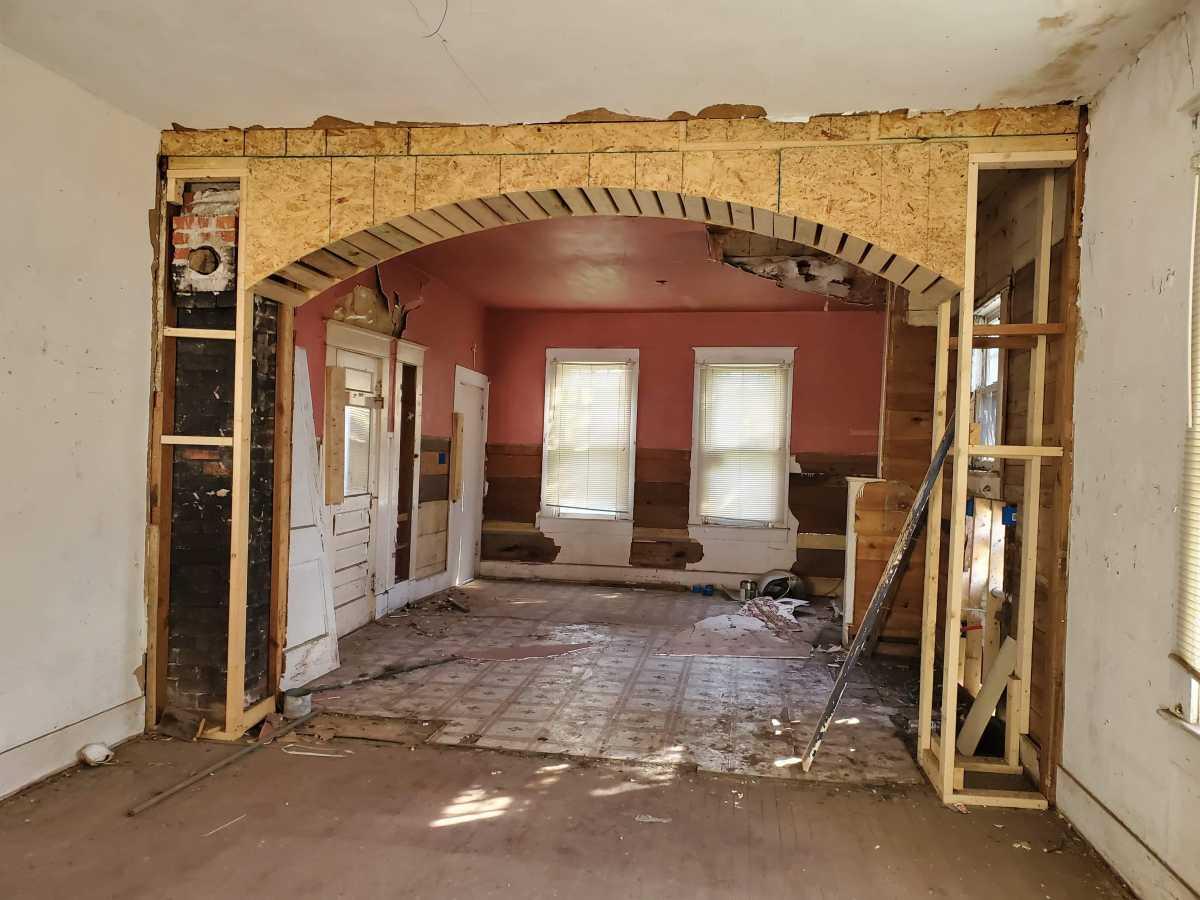 Investment properties in San Antonio   342 E Southcross San Antonio, TX 78214 4