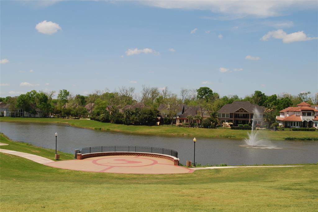 Active | 5923 Bonita Creek  Missouri City, TX 77459 27