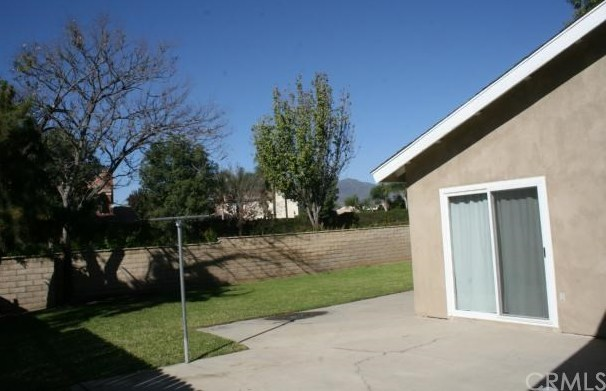 Closed | 2584 N Glenwood Avenue Rialto, CA 92377 20