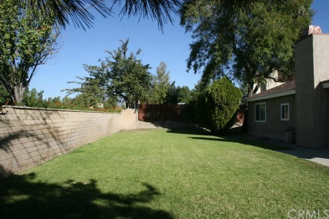 Closed | 2584 N Glenwood Avenue Rialto, CA 92377 24