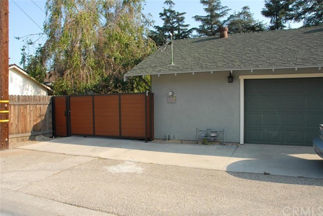 Closed | 2451 3rd Street La Verne, CA 91750 18